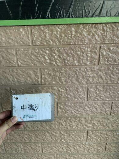 奈良香芝市K様邸 外壁塗装・屋根塗装工事 外壁中塗り