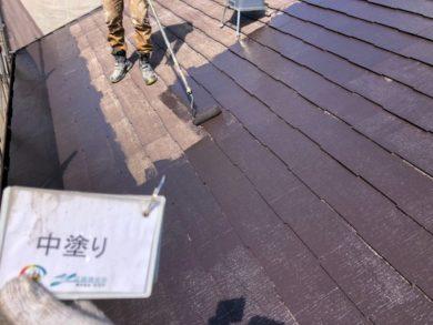 奈良奈良市U様邸 外壁塗装・屋根塗装・ベランダ防水工事 屋根塗装下塗り