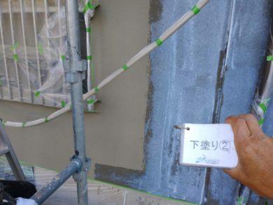 大阪南河内郡太子町T様 外壁塗装工事 外壁塗装下塗り2回目
