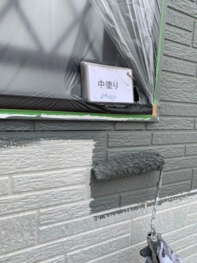 奈良宇陀市H様 外壁塗装・屋根塗装・防水工事 外壁塗装中塗り