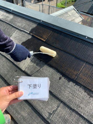 奈良葛城市M様邸 外壁塗装・屋根塗装・ベランダ防水工事 屋根塗装下塗り1回目