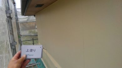 奈良葛城市T様 外壁塗装・ベランダ防水工事 外壁塗装上塗り
