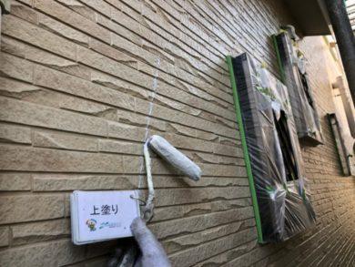 奈良大和郡山市N様邸 外壁塗装・ベランダ防水工事 外壁塗装上塗り