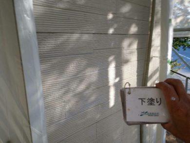 奈良生駒市M様邸 外壁塗装・屋根塗装・外塀塗装・防水工事 外壁塗装下塗り