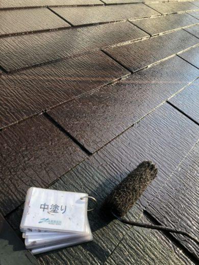 奈良・生駒市O様、外壁塗装・屋根塗装 屋根中塗り