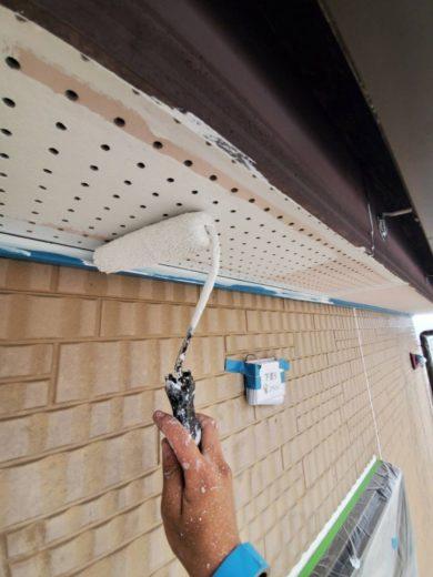 奈良生駒郡三郷町T様邸 外壁塗装・屋根塗装・ベランダ防水工事 軒天下塗り