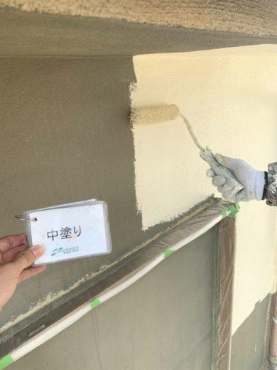大阪・南河内郡太子町T様 外壁塗装 中塗り