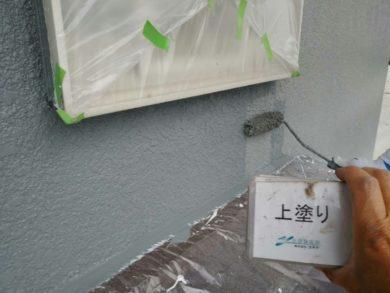 奈良・生駒郡三郷町M様 外壁塗装・屋根塗装 外壁塗装上塗り
