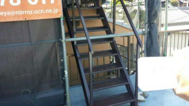 奈良香芝市F様 外壁塗装・外塀塗装 階段下塗り