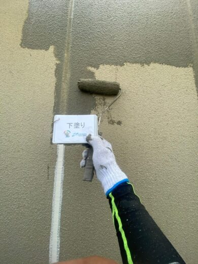 奈良葛城市S様邸 外壁塗装工事 外壁下塗り