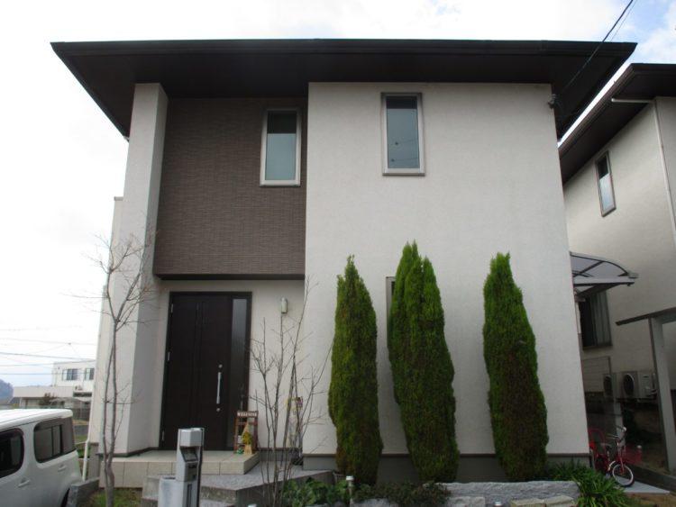 奈良生駒郡三郷町F様邸 外壁塗装・屋根塗装 施工前の写真