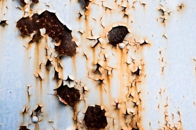 奈良の香芝市の株式会社ヨネヤの外壁塗装と屋根塗装の剥がれ