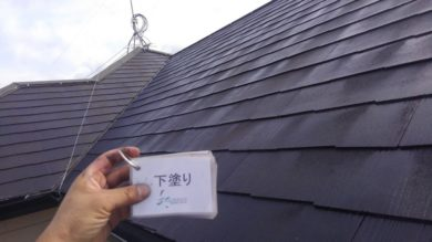 奈良香芝市O様 外壁塗装・屋根塗装・防水工事 屋根塗装下塗り1回目