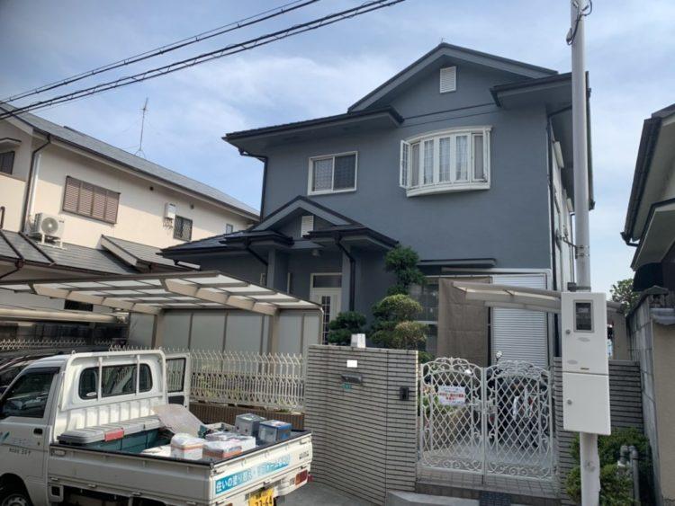 奈良の香芝市の株式会社ヨネヤの外壁塗装と屋根塗装のグレー