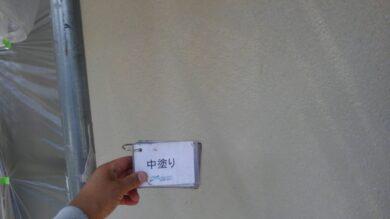 奈良北葛城郡上牧町S様邸 外壁塗装工事 外壁塗装中塗り