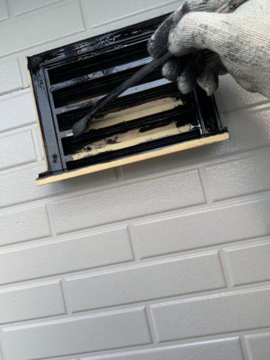 奈良・北葛城郡河合町S様 外壁塗装・屋根塗装 付帯部の仕上げ