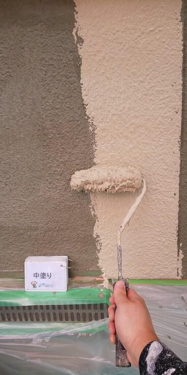 奈良北葛城郡上牧町O様 外壁塗装・屋根塗装工事 外壁中塗り