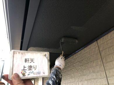 奈良北葛城郡上牧町M様 外壁塗装工事 軒天上塗り