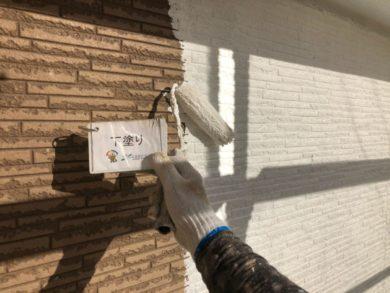 奈良奈良市U様邸 外壁塗装・屋根塗装・ベランダ防水工事 外壁塗装下塗り