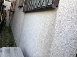 奈良の香芝市の株式会社ヨネヤの外壁塗装と屋根塗装のサッシ周り汚れ