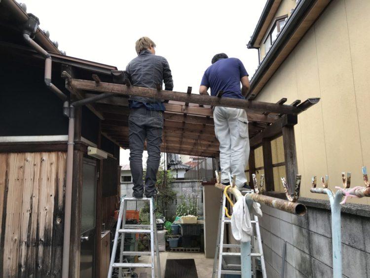 奈良の香芝市の株式会社ヨネヤの外壁塗装と屋根塗装の波板交換②