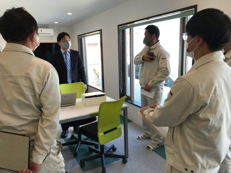 奈良の香芝市の株式会社ヨネヤの外壁塗装と屋根塗装のドローン勉強会①