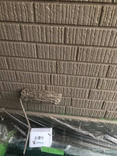 奈良香芝市I様 外壁塗装工事 外壁塗装上塗り